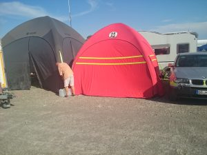 Beide Zelte aufgebaut